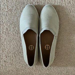 Frye Women's Melanie slip on shoes